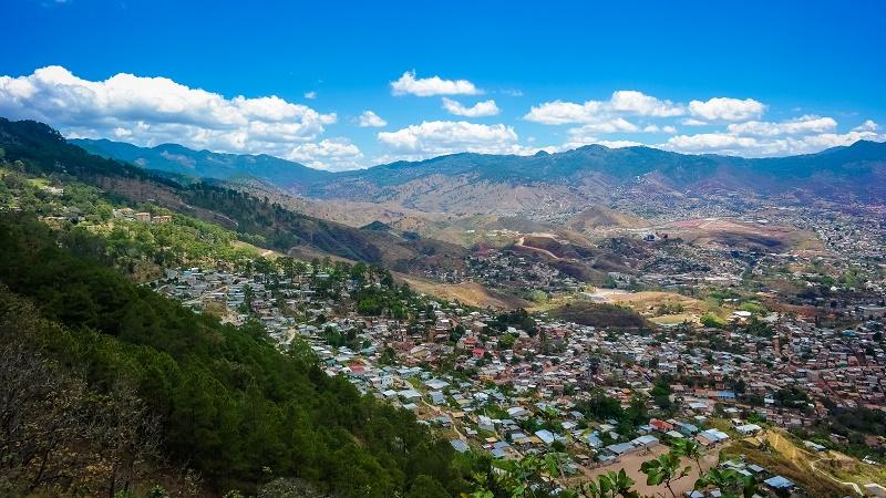 Blue skies over Tegulcigalpa. Honduras has joined progressive bloc AILAC in climate talks (Flickr/Nan Palmero)