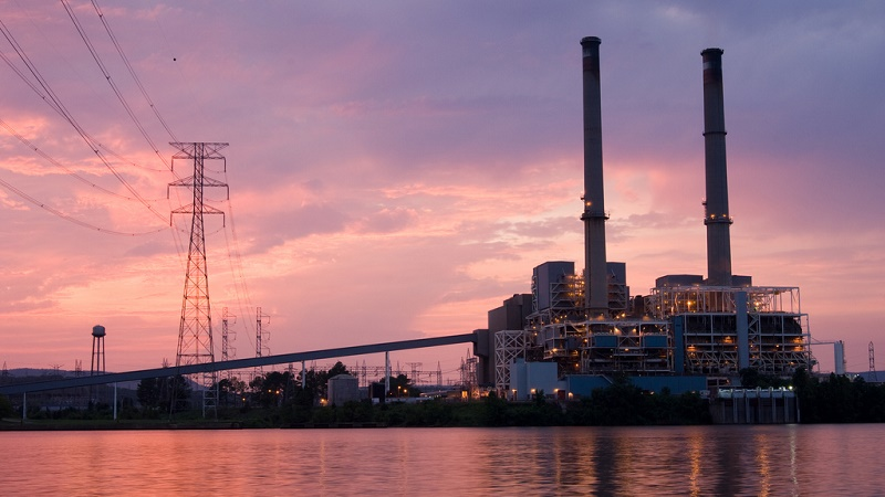 Coal power plants use a lot of water for cooling (Flickr/Tennessee Valley Authority)