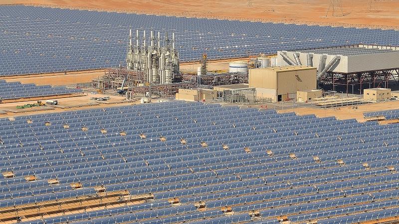 A 100MW solar thermal plant in Abu Dhabi (Flickr/Masdar Official)