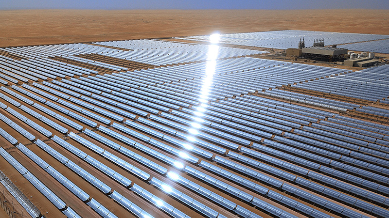 Shams 100MW concentrated solar plant in Abu Dhabi, UAE (Flickr/ Masdar Official)
