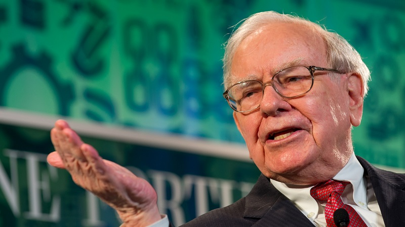 Warren Buffett argued his company already analysed climate risk and did not need to do more (Flickr/Fortune Live Media/Stuart Isett)