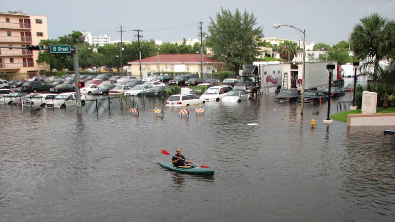 South Beach, Miami is increasingly vulnerable to flooding as sea levels rise (Flickr/maxstrz)