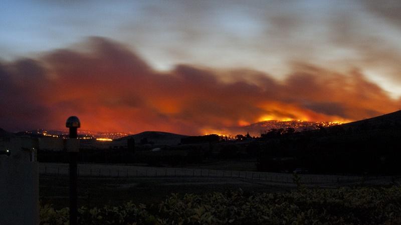 Tasmania bushfire in 2013 (Flickr/Toni Fish)