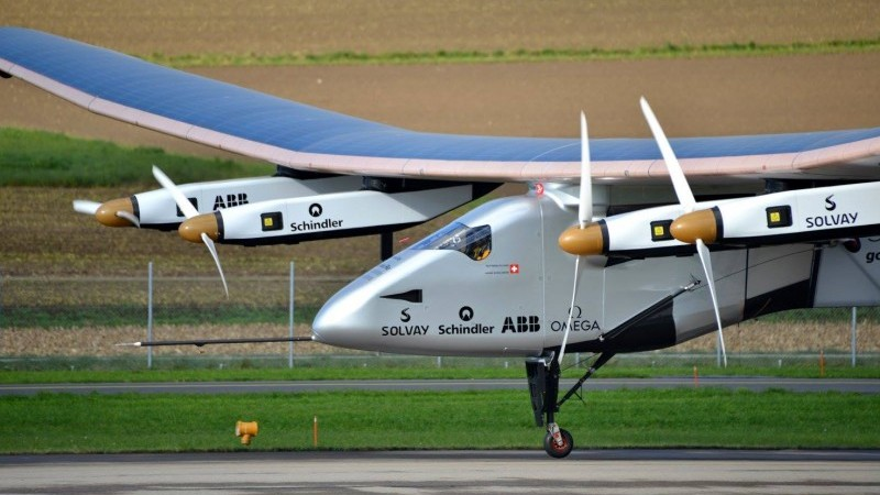 Innovations like solar powered flight don't address the scale of aviation's climate problem (Wikimedia Commons/Milko Vuille)