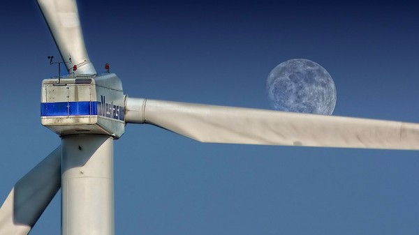 Europe's renewables investment hits 10-year low