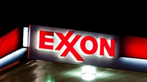 Pension holders petition funds on Exxon, Chevron climate resolutions