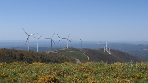 Renewables overtake fossil fuels in EU electricity generation