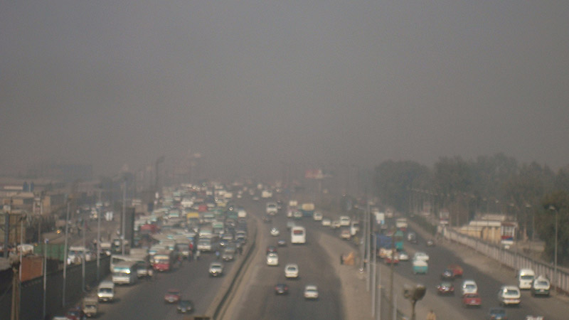 Cairo has notoriously bad traffic and high levels of air pollution (Pic: WildRedHed/Flickr)
