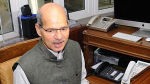Javedekar out, Dave in as India's environment minister