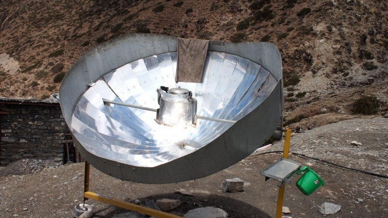 A solar cooker heats water in Nepal (Pic: Rob Goodier/Engineering for Change)