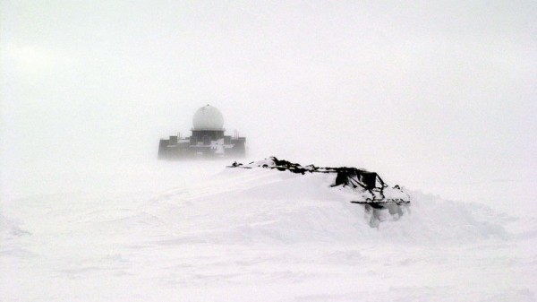 Greenland warns Denmark over thawing US military bases