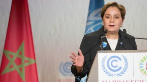 UN climate boss offers to work with Trump on carbon plan