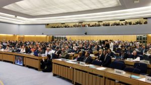 Countries inch towards 'bare minimum' climate target for shipping