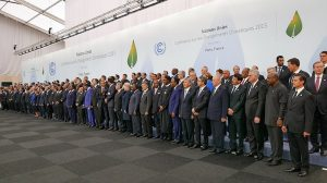 Yvo de Boer: Heads of state must intervene to fix climate process