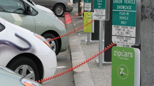 Electric cars will not stop rising oil demand, says energy agency chief