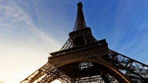 France introduces 2050 carbon-neutral law