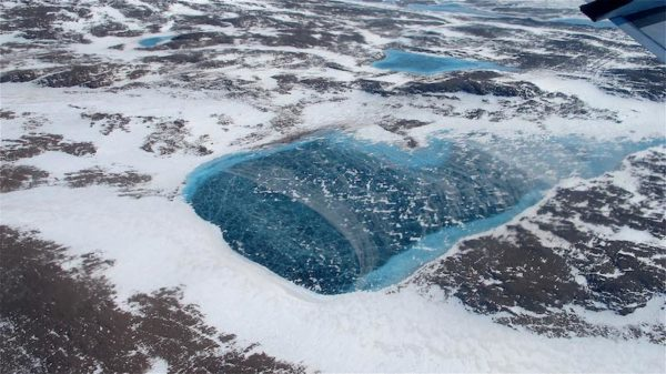 What's happening to Greenland's ice?