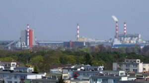 Court blocks Polish coal plant, in win for climate campaigners