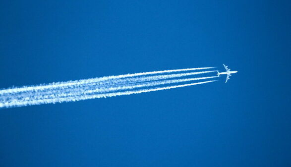 Coronavirus: plane-free skies spur research into warming impact of aviation