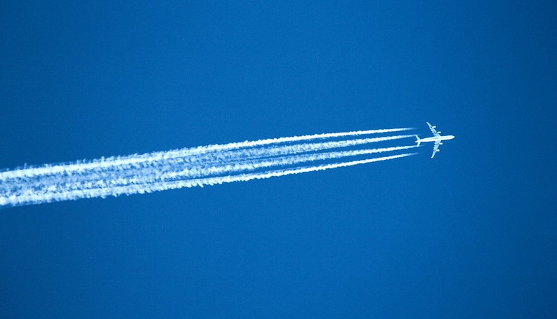 Coronavirus: plane-free skies spur research into warming impact of aviation