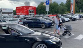 Norway sets electric car record as battery autos least dented by Covid-19 crisis