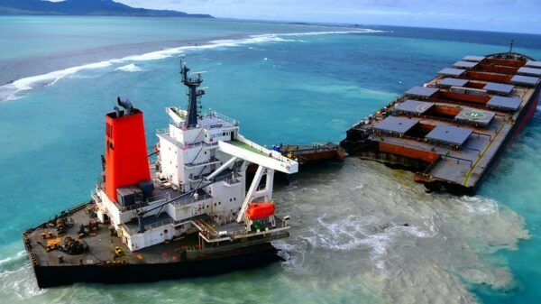 Mauritius oil spill compensation could be limited by maritime law technicality