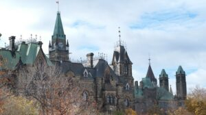 Canada sets out to enshrine 2050 net zero emissions goal in law