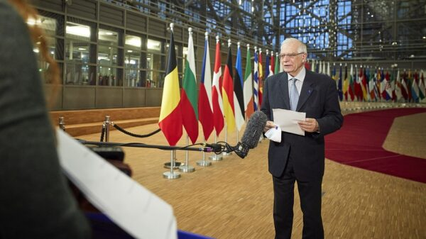 EU foreign ministers call for end to financing fossil fuels abroad