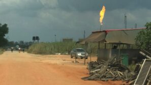 Nigeria to end gas flaring by 2030, under national climate plan